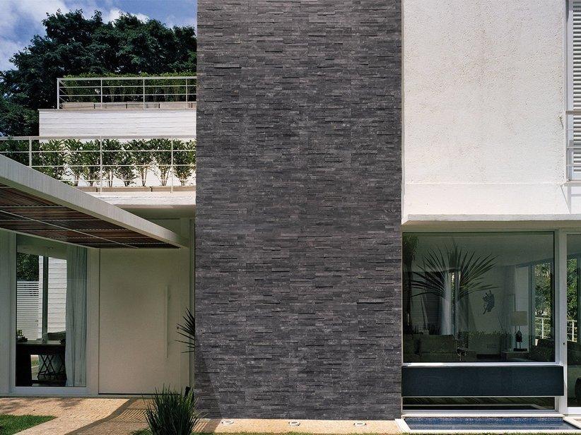 Rivestimento in pietra ardesia natstone black iperceramica - Rivestimenti esterni case moderne ...