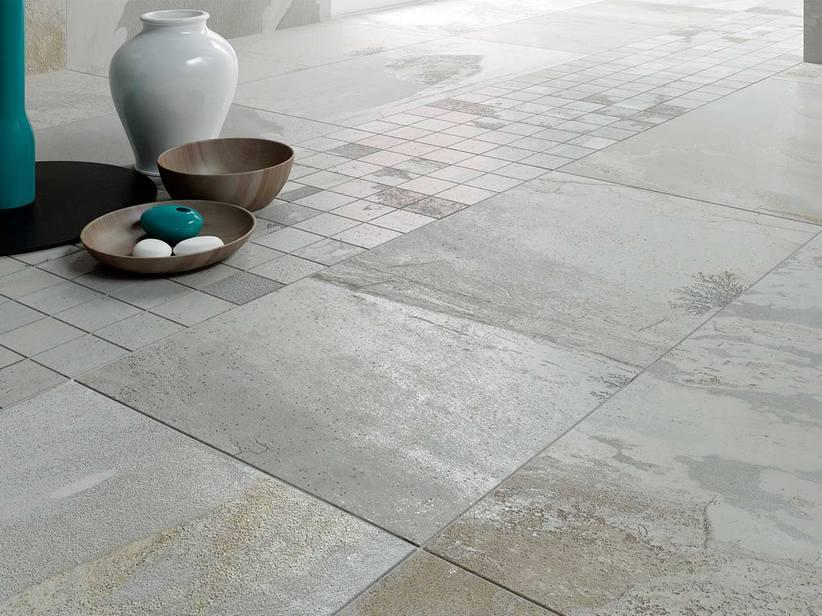 Piastrella bagno effetto pietra iperceramica