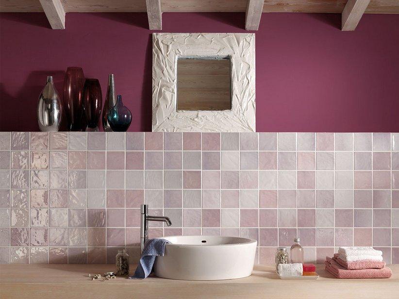 Inserti mosaico lilla bagno idee di design per la casa