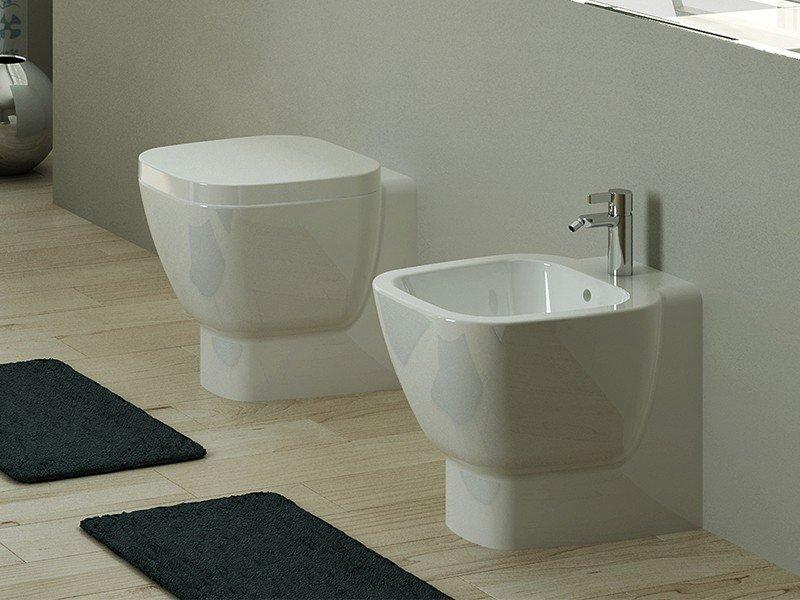 Wc filo muro boiserie in ceramica per bagno for Sanitari sospesi bricoman