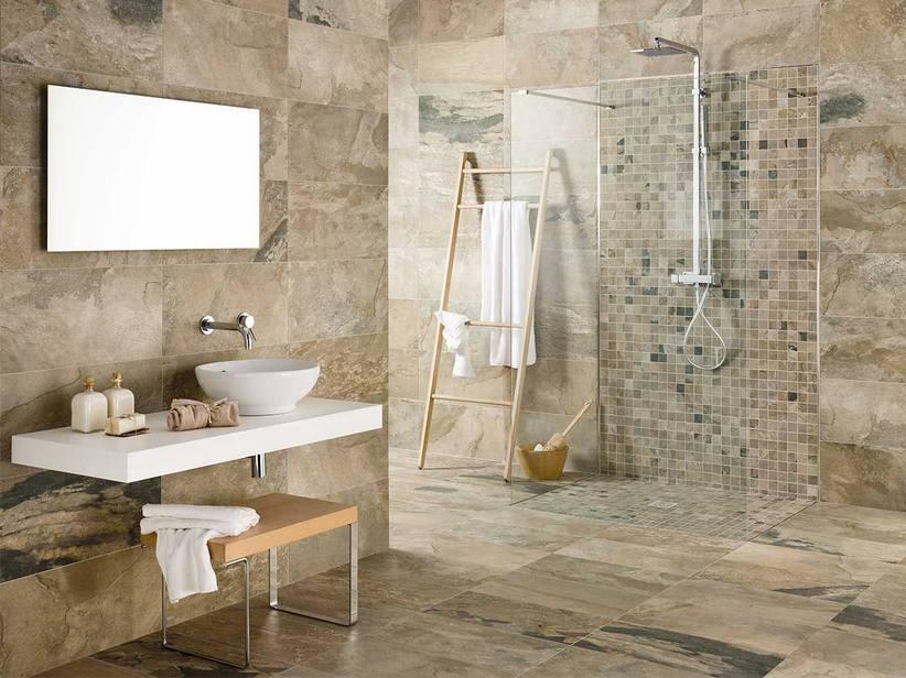 Piastrella bagno effetto pietra iperceramica - Bagno rivestimento pietra ...