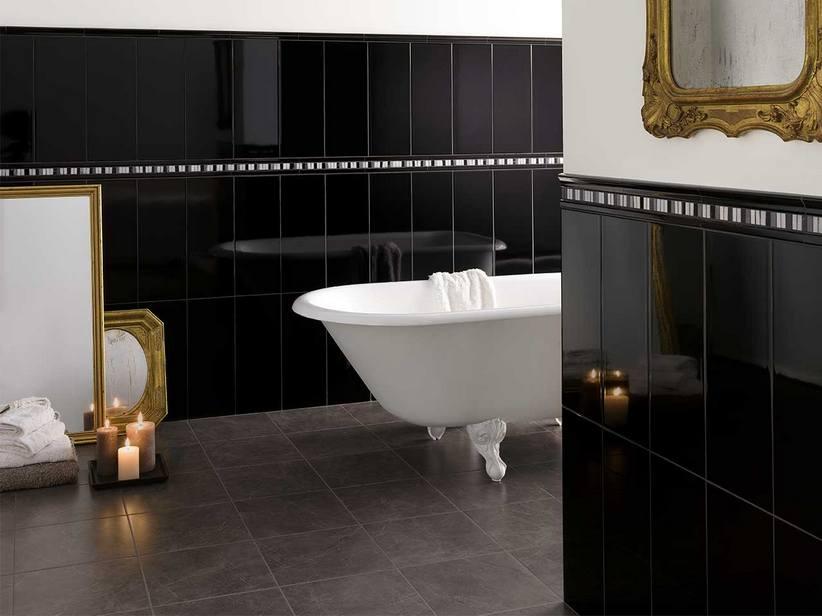Piastrelle bagno nere lucide colonna porta lavatrice for Piastrelle bagno bianche e nere