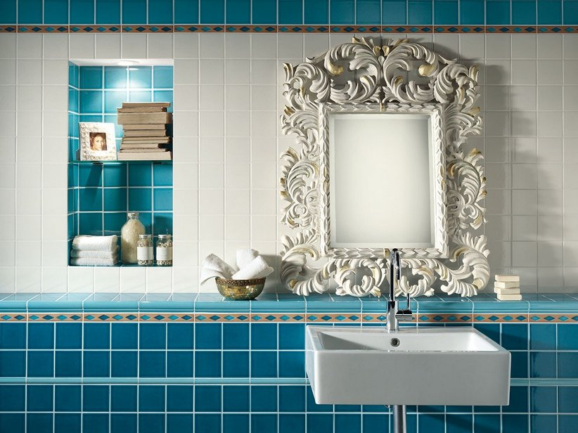 Rivestimento bagno craquele aqua iperceramica - Bagno blu e bianco ...