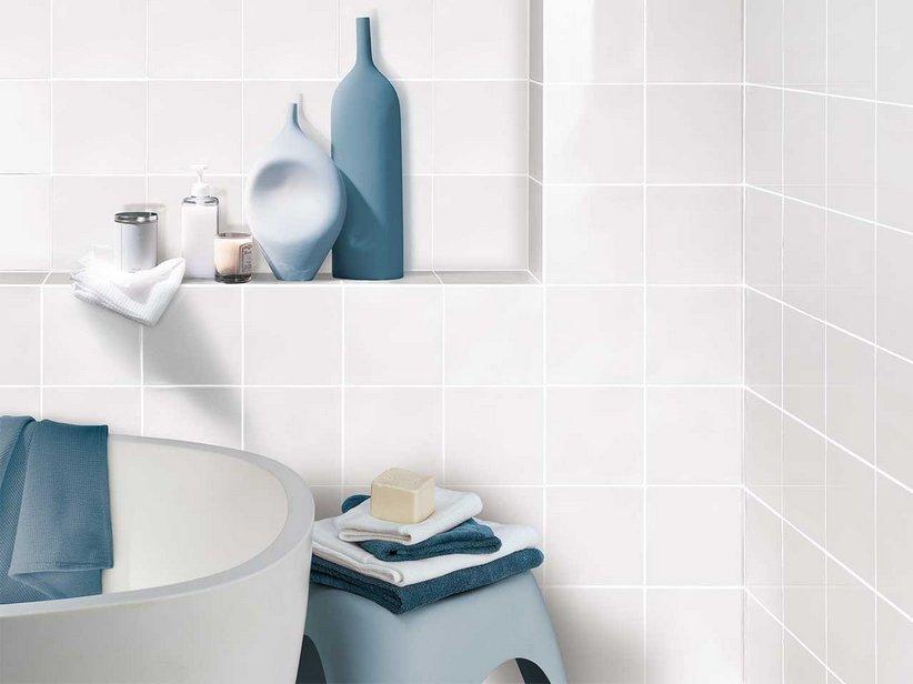 Rivestimento bagno bianco iperceramica - Piastrelle bagno bianche ...