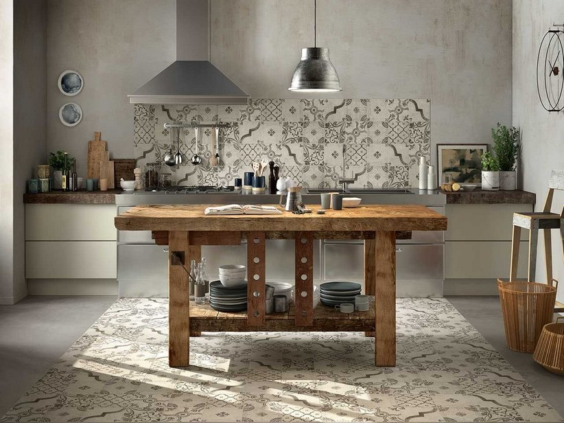 piastrelle decolate per cucina country : Rivestimento Cucina Smaltato Maiolica Decorata Epoque - Iperceramica