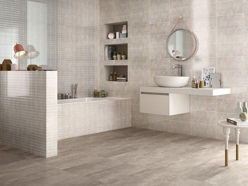Idee Bagni Piastrelle: Rivestimenti bagno moderno mosaico.