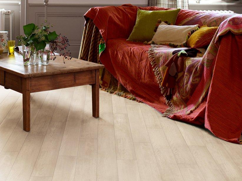 Mobili lavelli italflooring opinioni for Ikea pavimenti in laminato