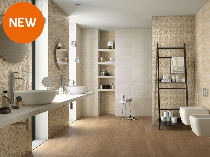 Rivestimento bagno effetto marmo tivoli iperceramica for Grigio e beige arredamento