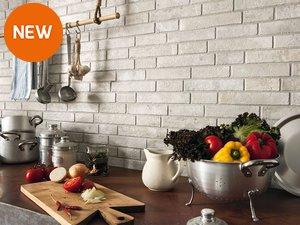 Rivestimenti e piastrelle per la cucina iperceramica - Rivestimento cucina effetto pietra ...