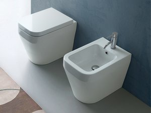http://www.iperceramica.it/wcsstore/bayker/images/catalog/categorie/sanitari-bagno.jpg